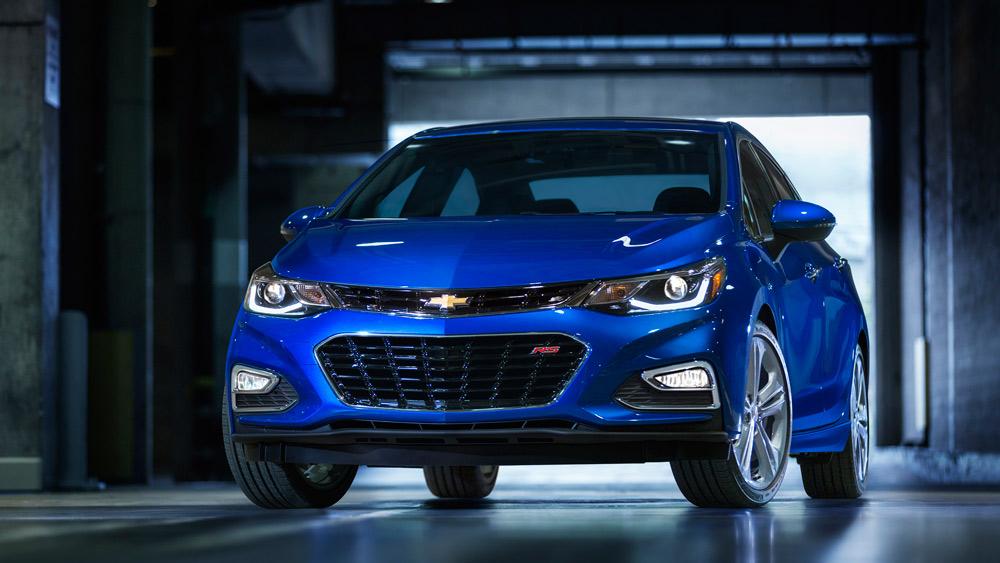 2016-Chevrolet-Cruze-Exterior-007
